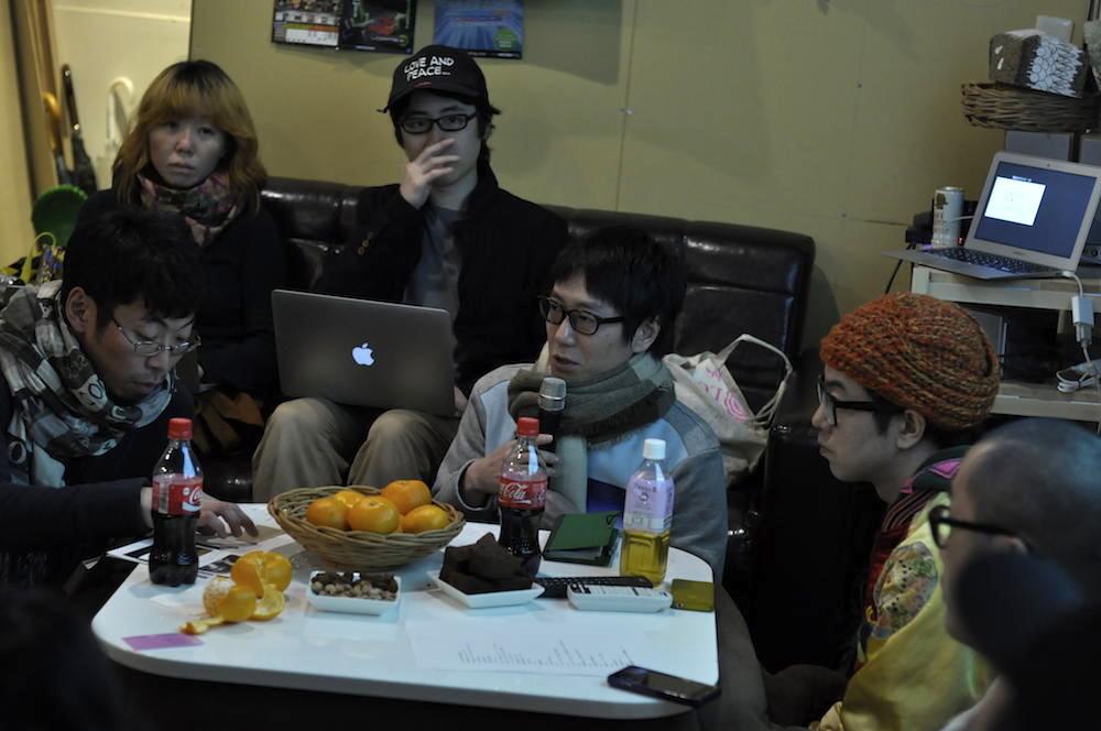 左から、水野大二郎氏、金森香氏、永井幸輔氏、○○氏、○○氏