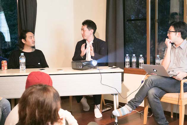 (左から)大月壮さん、谷口マサトさん、武田俊さん