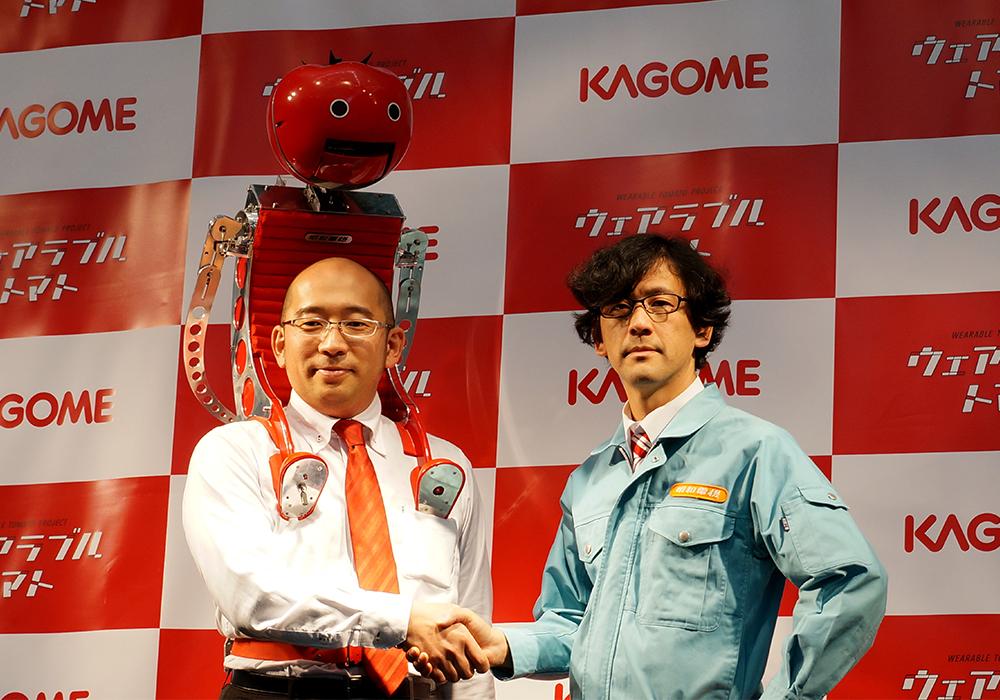 東京マラソンEXPO2015でのウェアラブルトマト完成披露記者会見の様子