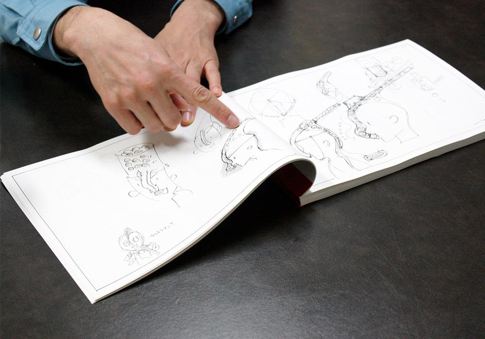 ウェアラブルトマト開発に際して描いたアイデアスケッチの一部(※クリックで拡大されます)