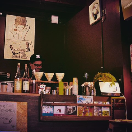 オープンした『Good music and books coffee stand』