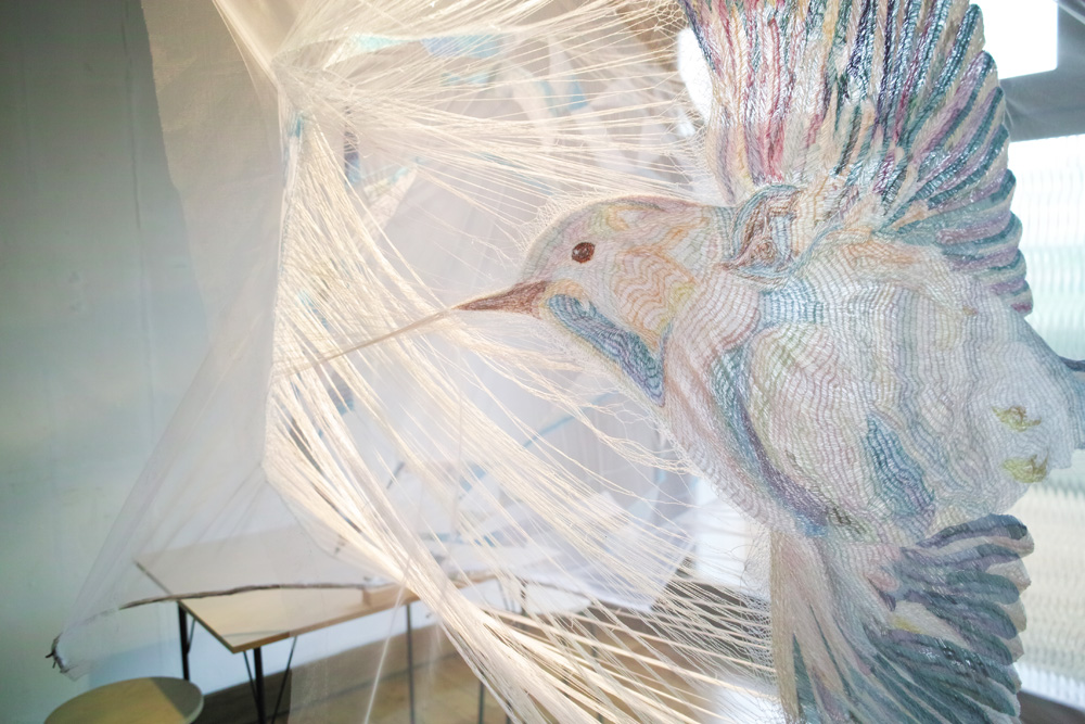 取材当時、poncotanで行われていた有本ゆみこ氏の展示「ニュー・ホライズン」展より