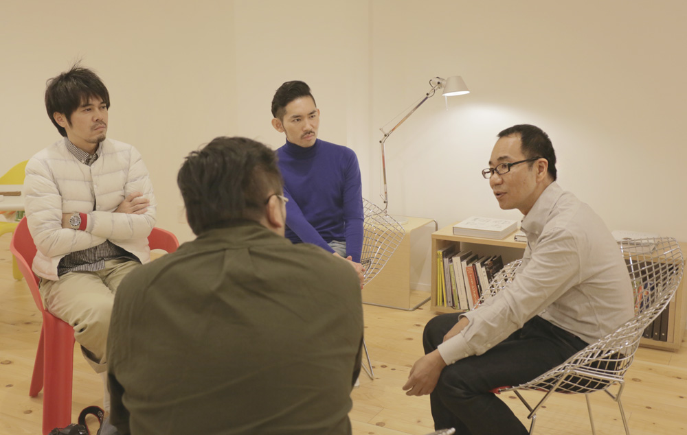 (左から・敬称略)奥野武範(ほぼ日刊イトイ新聞)、小田雄太(COMPOUND)、佐々木紀彦(NewsPicks)、岩佐十良(里山十帖)