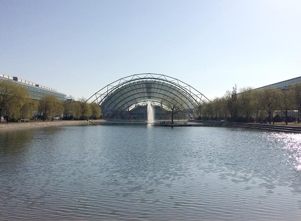 ライプツィヒ・ブックフェア会場。その他様々な見本市やイベントの行われる場所です