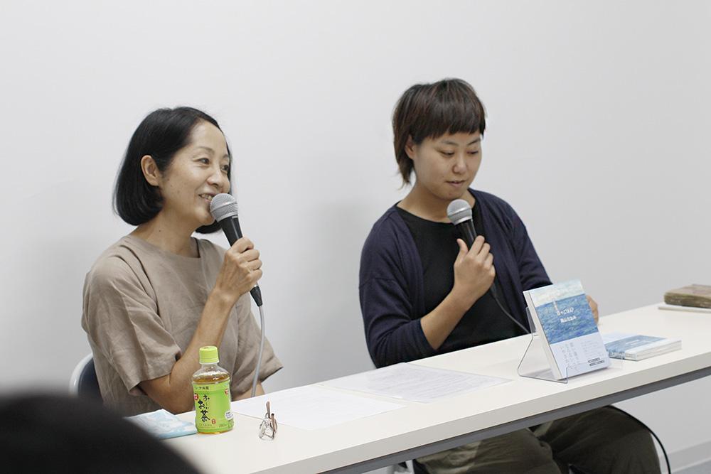 (左から)高山なおみさん、マメイケダさん
