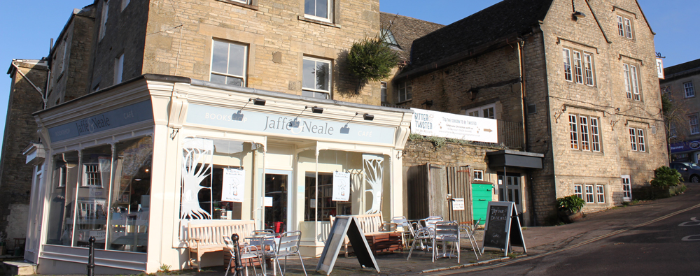 清水玲奈 英国書店探訪 第20回 Jaffé & Neale Bookshop and Café