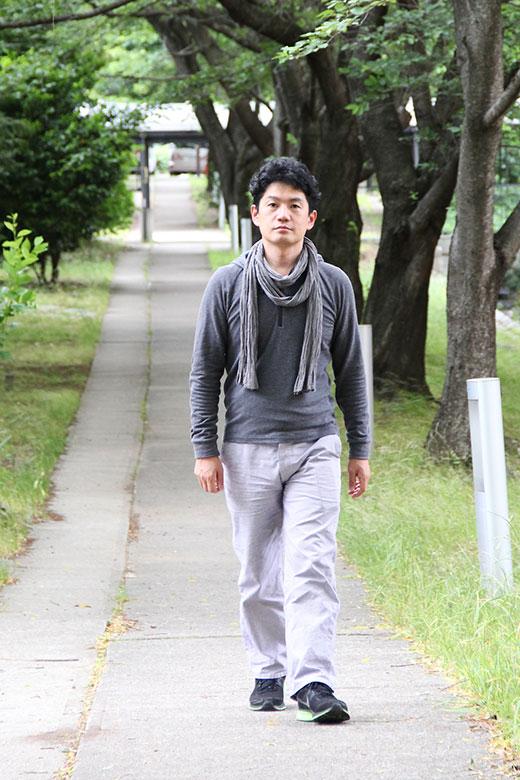 etk_walking_trm_6895