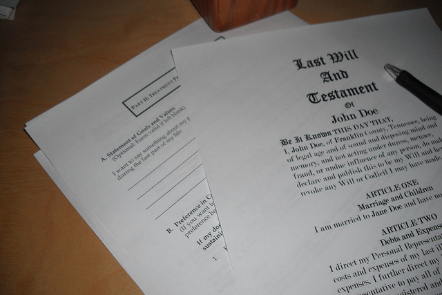 Last Will and Testament / Ken Mayer CC BY Some Rights Reserved.